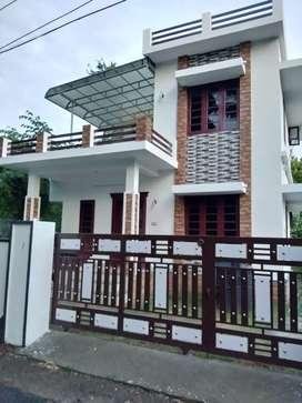 4.cent 1300 sqft 3 bhk house at aluva near malikampeedika