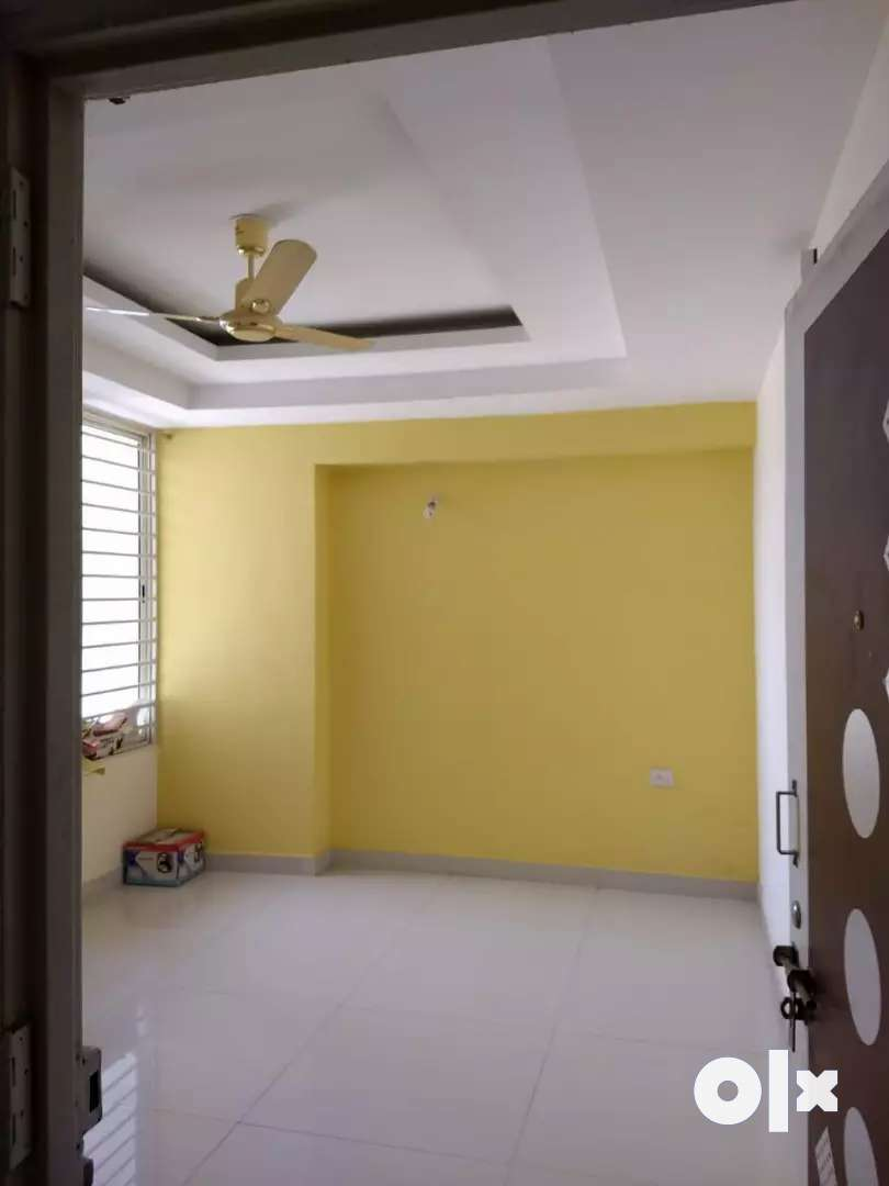 A 3bhk furnished flat at Prime location on ayodhya Nagar by pass sqr. 0