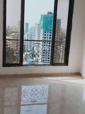 Spacious 4BHK Flat For Sale in Dadar East