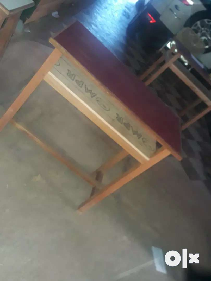 Study table with sitting stool for chidren 0