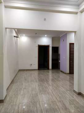 1.5 km from kanpur road and Metro station