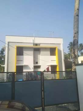 House for rent at pattoor, tvm