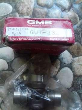 2 Universal joint toyota innova & Suzuki GMB japan Gut- 23& GUMZ -1