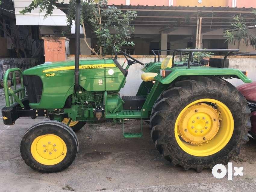 John Deere tractor 40HP 0