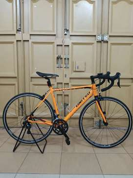 Road bike United Inertia 5.0 ukuran 52