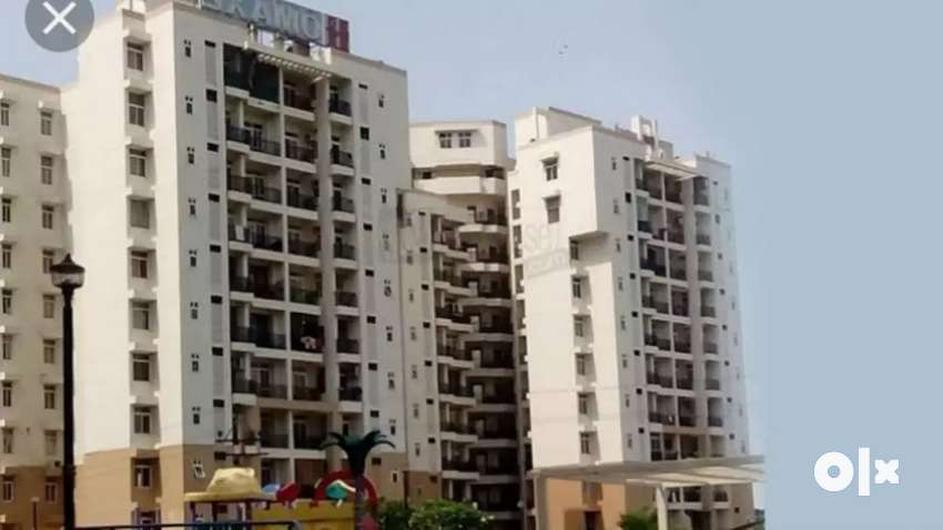 Park Facing,  2BHK , 1st Floor, lift, covered car parking. 0