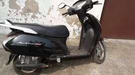 Activa black gud condition for sale