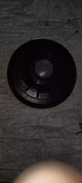JBL Speakers D 200