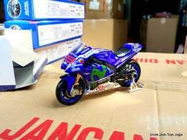 Mainan Anak - Miniatur Motor Moto GP Yamaha 99 - Jorge Lorenzo