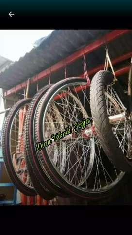 Roda gerobak becak krom gak perlu stel roda lagi komplet  Bk  smp Mlam
