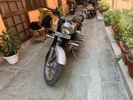 Bullet classic 350, in brand new condition. Fully insured