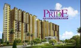 2 bhk flat semifurnished in Noida Extension