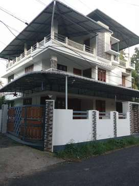 6.25 cent 3000 sqft furnished posh house at varapuzha near konnammav