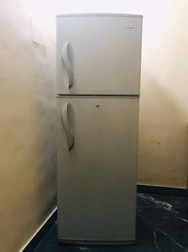 Lg fridge capacity 390 litres 2015 model