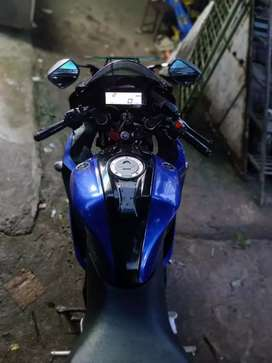 Yamaha R15 V3 in new condition