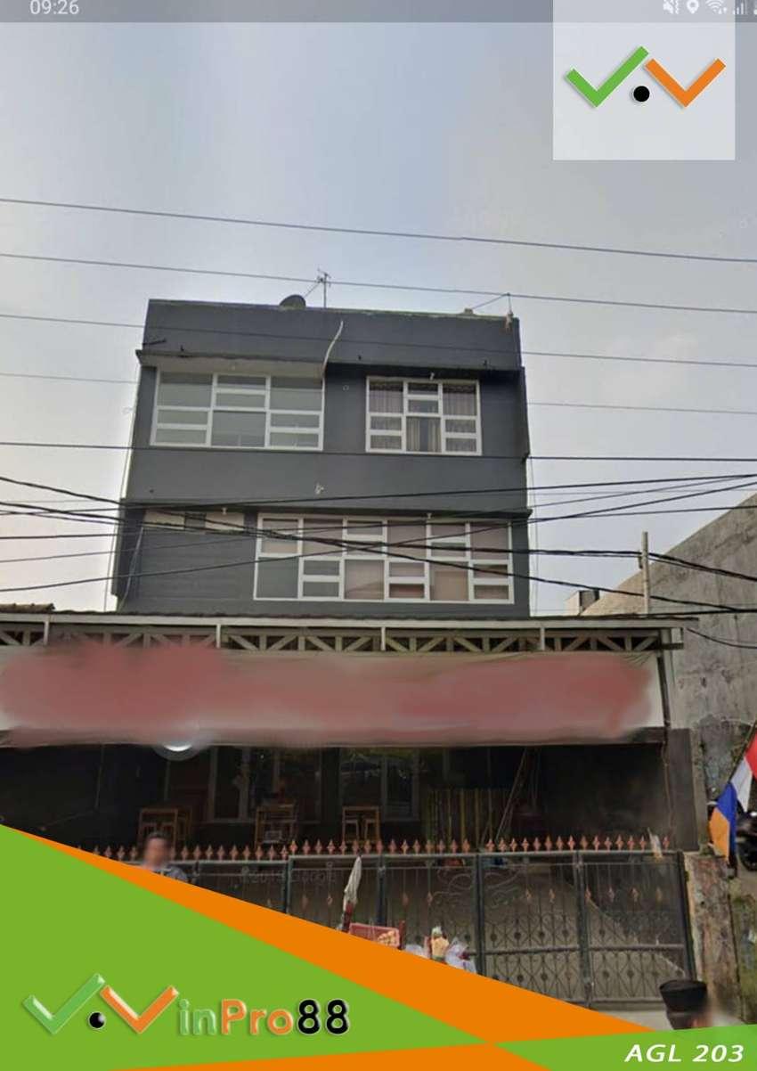 Jual Ruko Gandeng 3 Lantai Lokasi Strategis Depan Jalan Utama