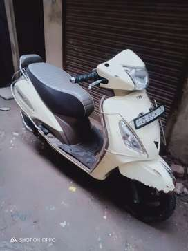Jupiter Classic Good condition scooty All papers Available
