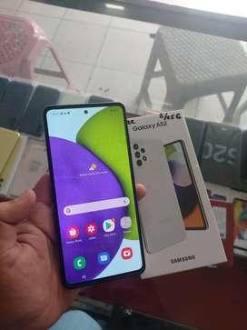 Samsung a52 8/256gb white