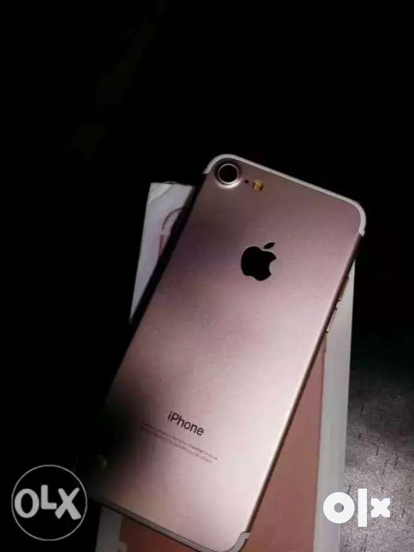 I phone 7 available at best price cod available 0