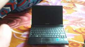 selling samsung mini laptop