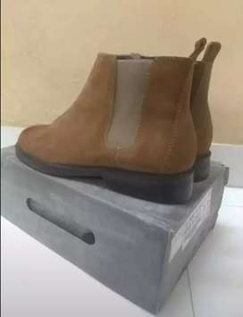 Original Chelsea pure leather boots / shoes for sale