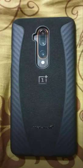 Oneplus mobile with all accessories,box,bill and warranty.