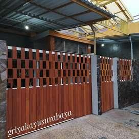 Pagar kayu ulin/gerbang kayu/flooring kayu/decking kayu/plafon kayu