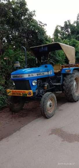Sonalila di 35 tractor and trailor