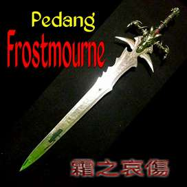 Pedang Legendaris FROSTMOURNE unik .brt 4kg lebih /120cm