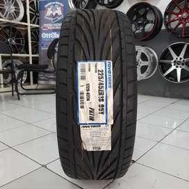 Ban mobil import. Toyo 225/45 R18 proxes T1R. B/u audi BMW mercy dll