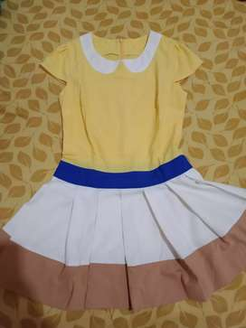 Dijual Dress buat anak2 untuk usia 10 tahun ke atas