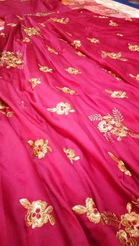Womens Gown(not used) For Sale (L)