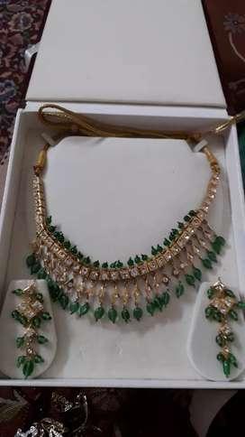 Fancy emerald neck lace set