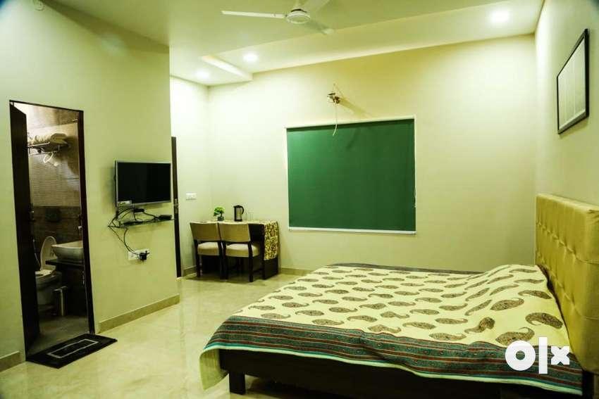 Vaishali luxury Studio Room Near Amrapali Cricle 0