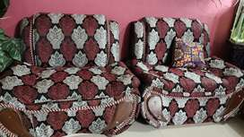 5 seater sofa set in new condition