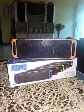 Dijual speaker bluetooth kondisi baru hrg 120 nego