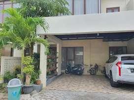 Dijual rumah mewah full interior