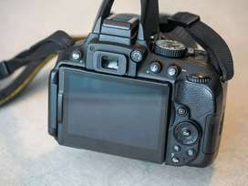 Nikon d5300 Dslr Camera two battery original hai