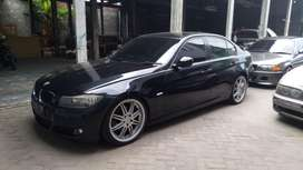 BMW E90 320i LCi automatic '09 idrive black on biegie