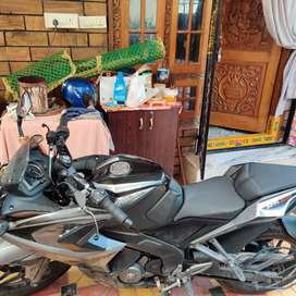 Bajaj rs 200 for sale . Model - 2019 with ABS