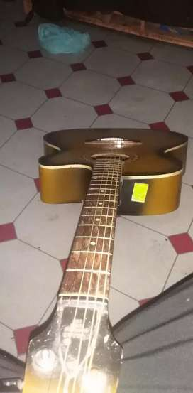 Acoustic Guitar for sell.