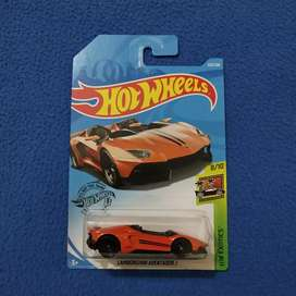 Hot Wheels Lamborghini Aventador J hotwheels