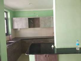 Independent 3 bhk flt on rent in dwarka apartment at agrawal farm...