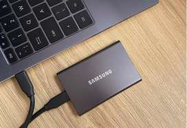 Samaung Touch T7 500GB SSD With Fingerprint