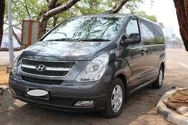 Hyundai H1 Elegance AT Grey 2011 - Siap Pakai