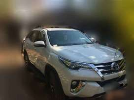 Toyota Fortuner 4x2 At, 2017, Diesel