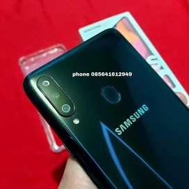 Samsung galaxy a20s triple kamera ram 4
