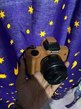 canon m50 black