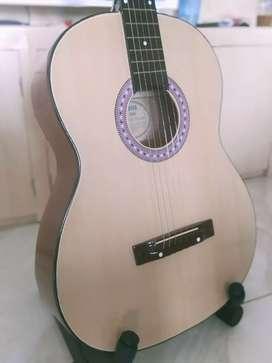 Gitar Akustik asik