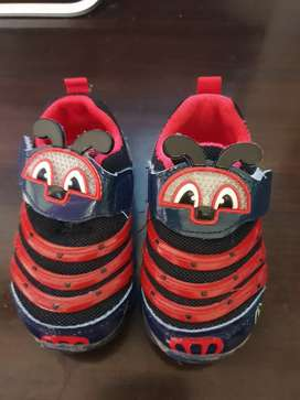 Sepatu bayi gilbert